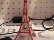 Эйфелева башня из пластика